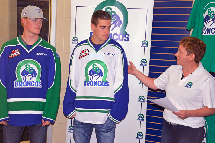 Swift Current Broncos new uniforms 63842f173